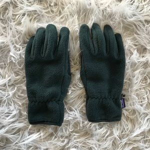 Dark Green Patagonia Gloves S